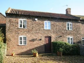 Dog Friendly Self-Catering Horncastle  | Manor Cottage Timberland